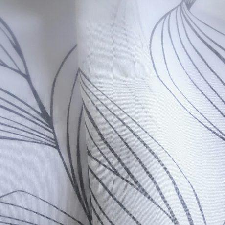 1046 Batist *Blätter* grau