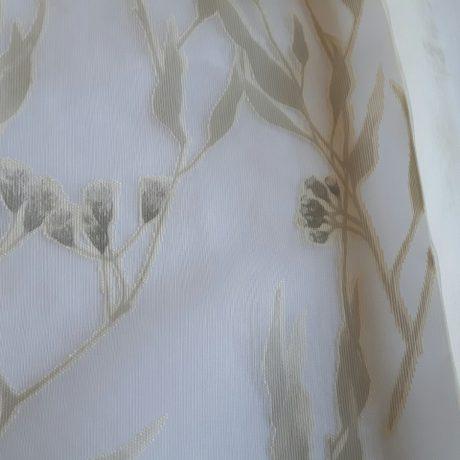 1168 Gardine Blätterranke beige