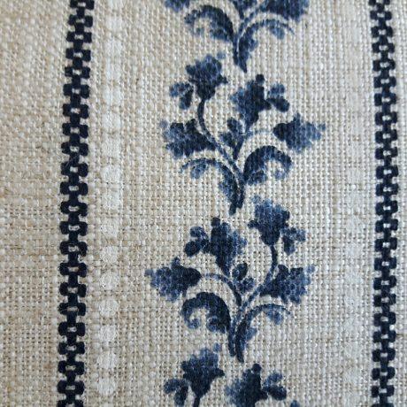 3923 Dekor Blätterranke blau